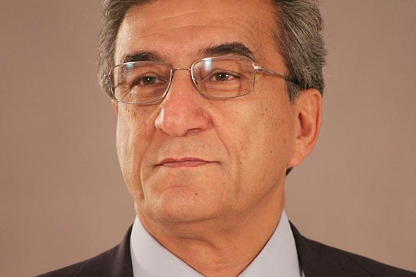 محمود مظعمی